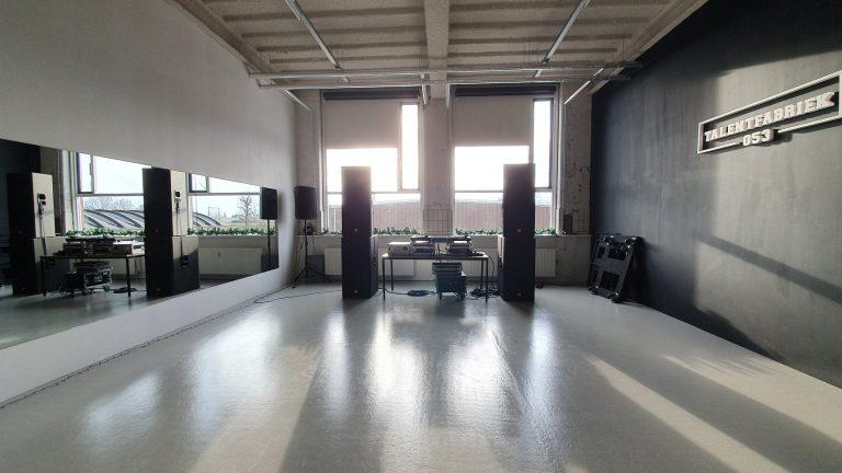 zaal talentfabriek dj opstelling
